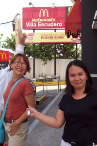 2nd Pit stop when we entered Quezon through Tiaong. Golden arches everywhere...Nenita & Madel ham it up.